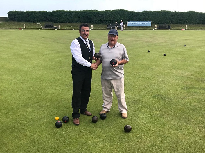 Mayor Paul Moore with Bowls