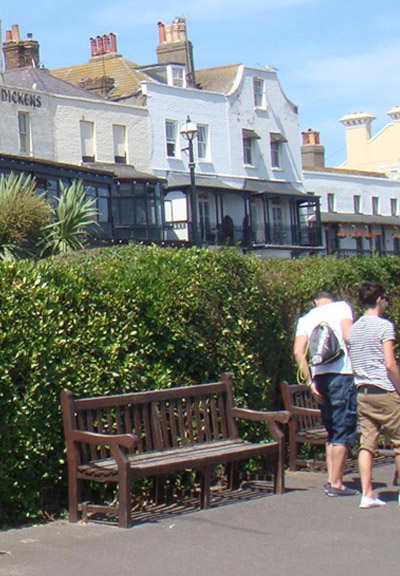 Memorial Benches Broadstairs St Peter S Town Council